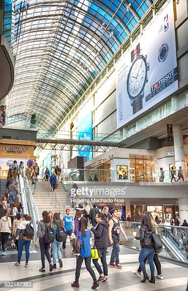 eaton center single guys Discover how easy it is to meet single women and men looking for fun in eaton center discover how easy it is to meet single women and men looking for fun in eaton.