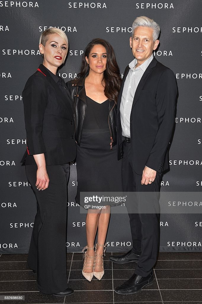 Eaton Centre Store Director Reagan Williams, Meghan Markle and General Manager Terry Rowe attend Sephora Unveils Toronto Eaton Centre Remodel at Toronto Eaton Centre on May 19, 2016 in Toronto, Canada.