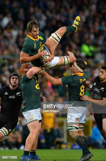 Eben Etzebeth of South Africa in the lineout during the Rugby Championship 2017 match between South Africa and New Zealand at DHL Newlands on October...