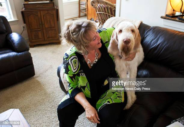 Ecco D'Oro a Spinone Italiano is popular with his family and owner Amy Hines and he has more than 4700 fans on Facebook He is shown at home in...
