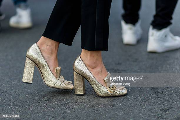 Ece Sukan wearing Gucci shoes outside Dior during the Paris Fashion Week Haute Couture Spring/Summer 2016 on January 25 2016 in Paris France