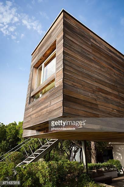 Ökologische. Moderne und effiziente Holz-Design House