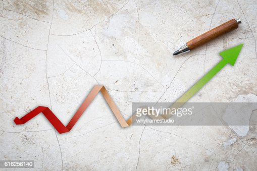 Economic Arrow With Growing Trend arrow paper : Foto de stock