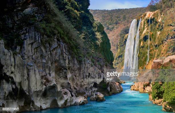 Ecotourism along the Tampaon river until the Tamul waterfall inTamul la Huasteca area Mexico