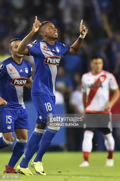 Ecuador Emelec's player Eduar Preciado celebrates his goal against Argentina's River Plate during their 2017 Copa Libertadores football match at...