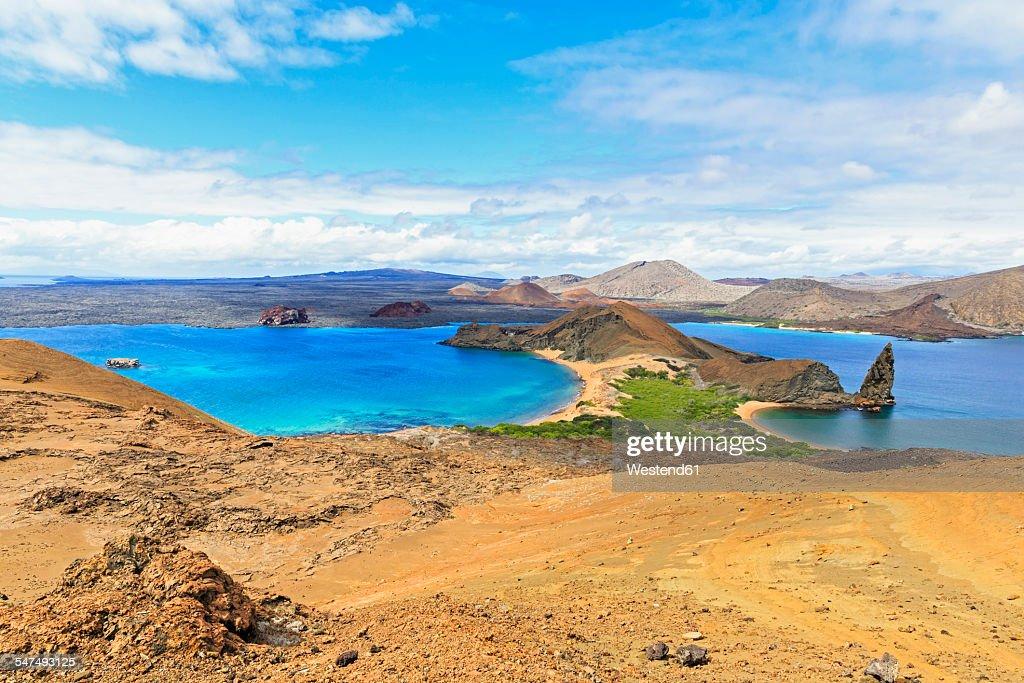 Ecuador, Galapagos Islands, Bartolome, volcanic landscape with view to Santiago