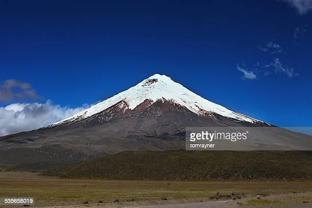 Ecuador, View of snowcapped Cotopaxi volcano