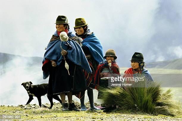 Ecuador,Cotopaxi,Quechua Indian women and children