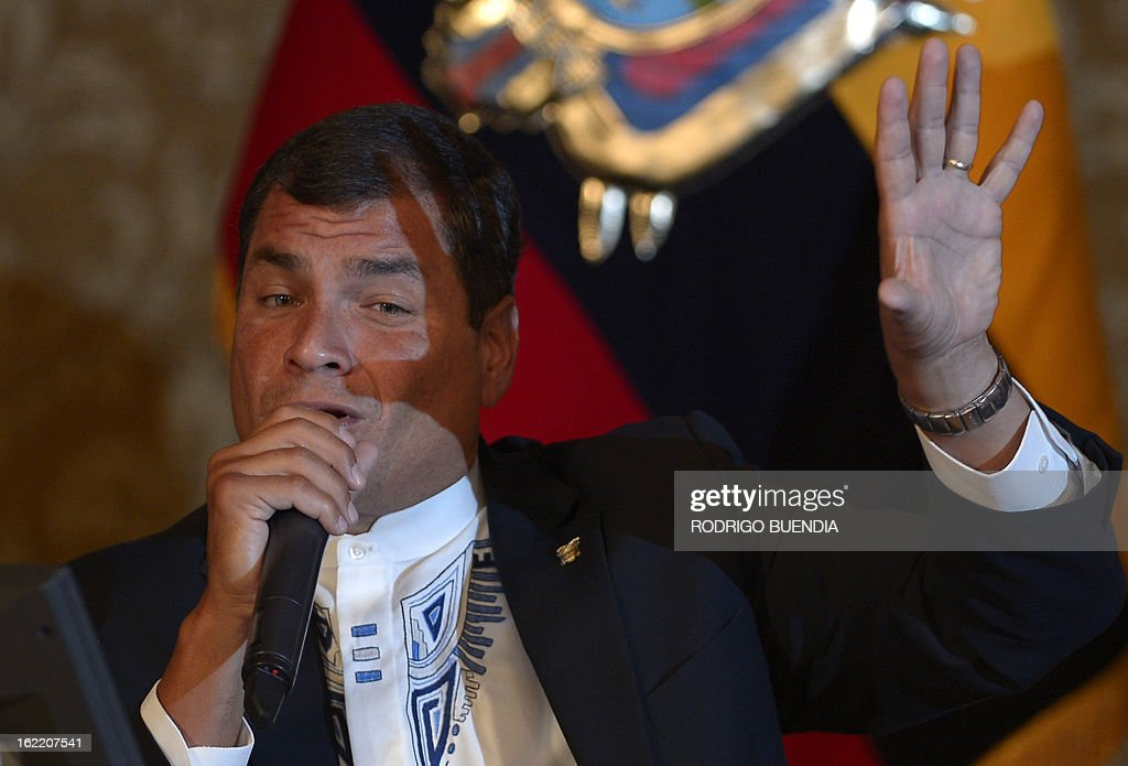 Ecuadorean President Rafael Correa speaks to the foreign press at the Carondelet presidential palace in Quito on February 20, 2013. During the meeting Correa informed he is planning to visit ailing Venezuelan President Hugo Chavez who on Monday returned to Caracas from a two-month trip to Cuba for cancer treatment. AFP PHOTO/RODRIGO BUENDIA