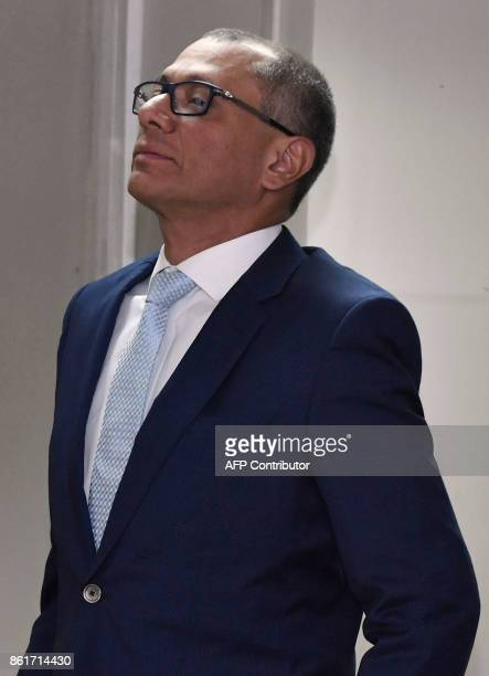 Ecuadorean Vice President Jorge Glas attends his habeas corpus hearing at the National Court of Justice in Quito on October 15 2017 Glas is kept in...