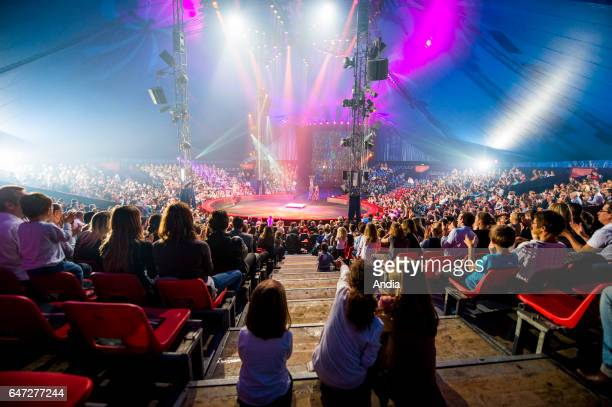Ecully Show from the Gruss Circus on the occasion of the evening party for the Carrefour shopping centre's 40th anniversary During the show the lit...