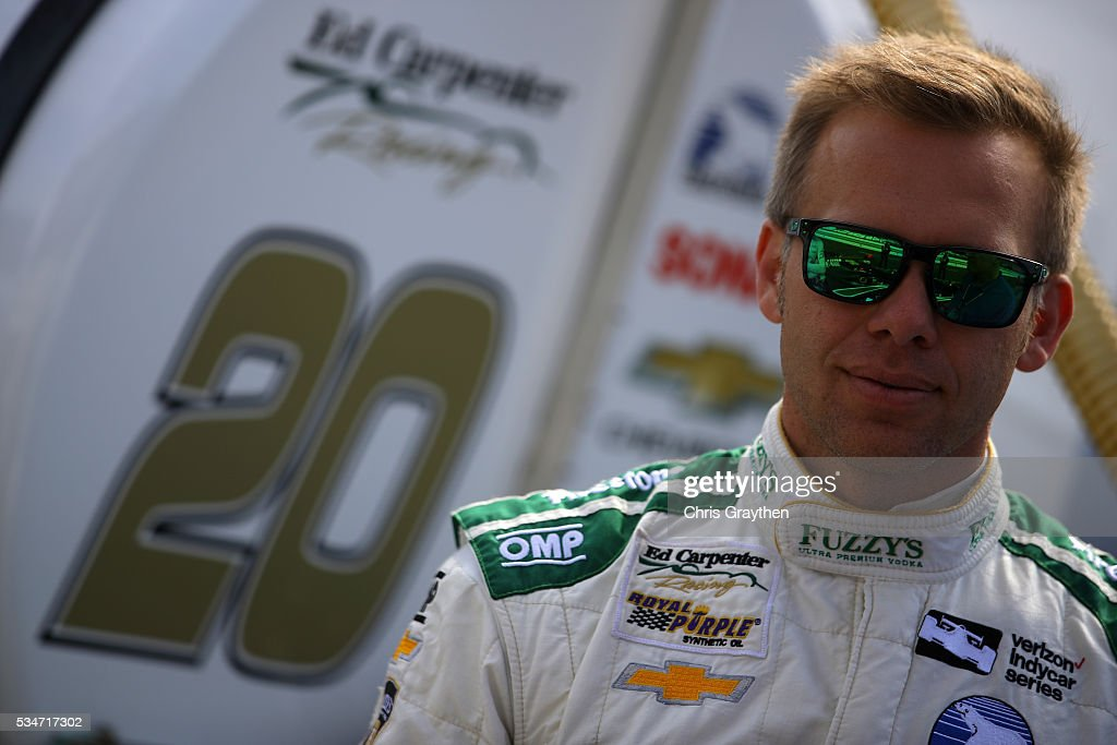 <a gi-track='captionPersonalityLinkClicked' href=/galleries/search?phrase=Ed+Carpenter&family=editorial&specificpeople=224777 ng-click='$event.stopPropagation()'>Ed Carpenter</a>, driver of the #20 Fuzzy's <a gi-track='captionPersonalityLinkClicked' href=/galleries/search?phrase=Ed+Carpenter&family=editorial&specificpeople=224777 ng-click='$event.stopPropagation()'>Ed Carpenter</a> Racing Chevrolet, prepares to drive on Carb Day ahead of the 100th running of the Indianapolis 500 at Indianapolis Motorspeedway on May 27, 2016 in Indianapolis, Indiana.