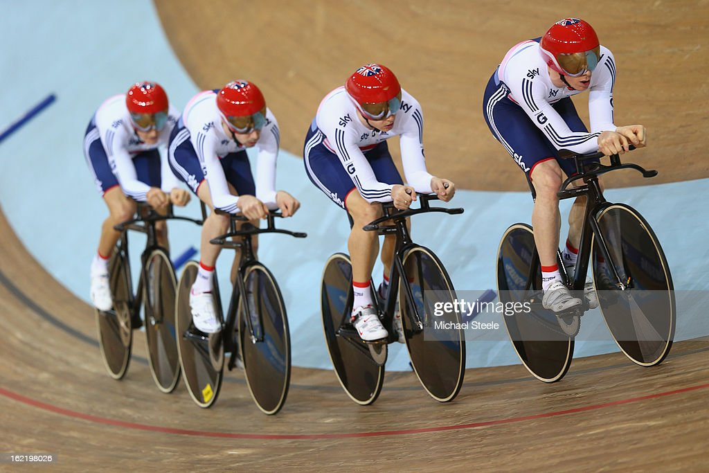 Ed Clancy (R) leads the Great Britain men's team pursuit in the heats during day one of the UCI Track World Championships at Minsk Arena on February 20, 2013 in Minsk, Belarus.