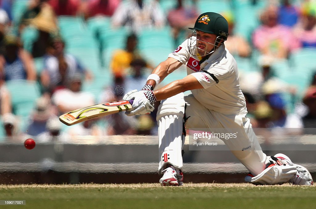 Ed Cowan of Australia bats during day four of the Third Test match between Australia and Sri Lanka at Sydney Cricket Ground on January 6, 2013 in Sydney, Australia.