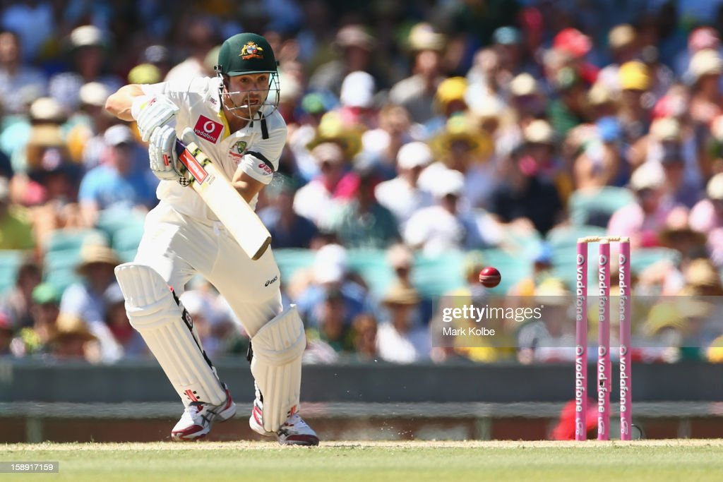 Ed Cowan of Australia bats during day two of the Third Test match between Australia and Sri Lanka at Sydney Cricket Ground on January 4, 2013 in Sydney, Australia.