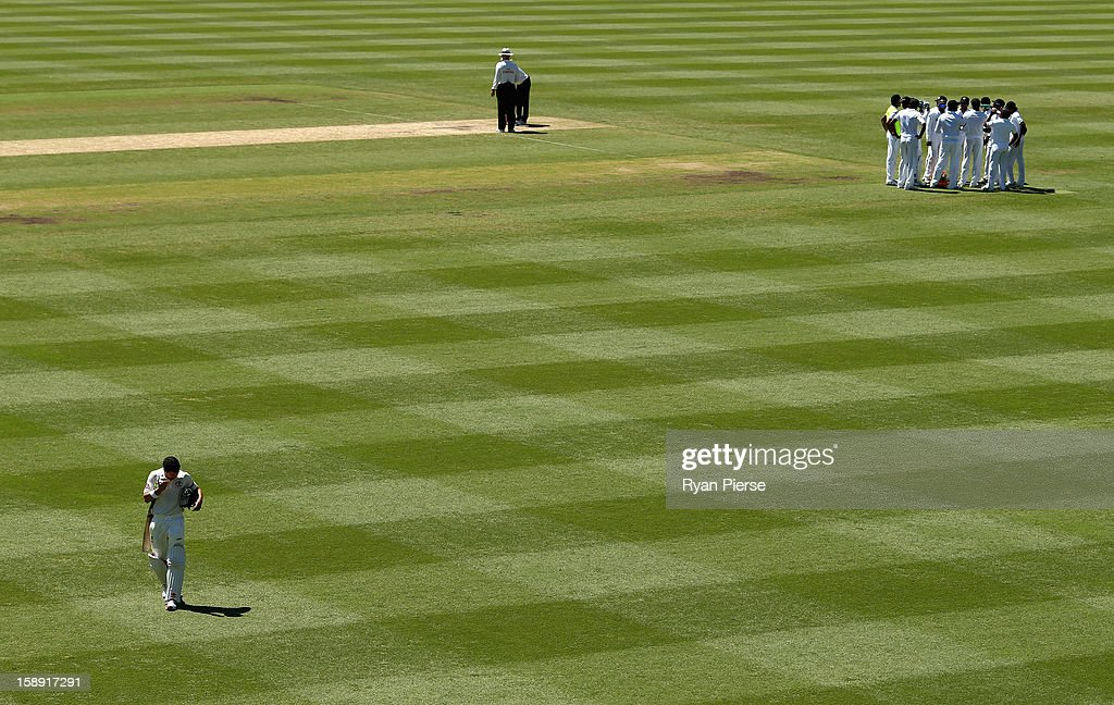 Ed Cowan of Australia looks dejected after being run out during day two of the Third Test match between Australia and Sri Lanka at Sydney Cricket Ground on January 4, 2013 in Sydney, Australia.
