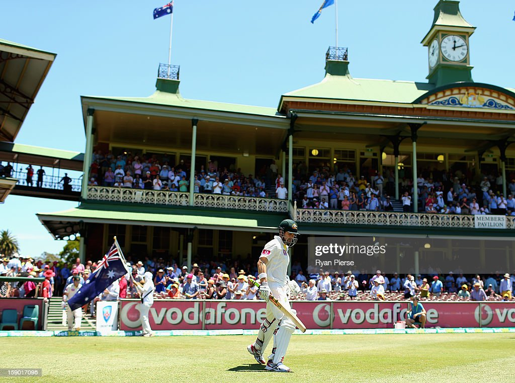 Ed Cowan of Australia walks out to bat during day four of the Third Test match between Australia and Sri Lanka at Sydney Cricket Ground on January 6, 2013 in Sydney, Australia.