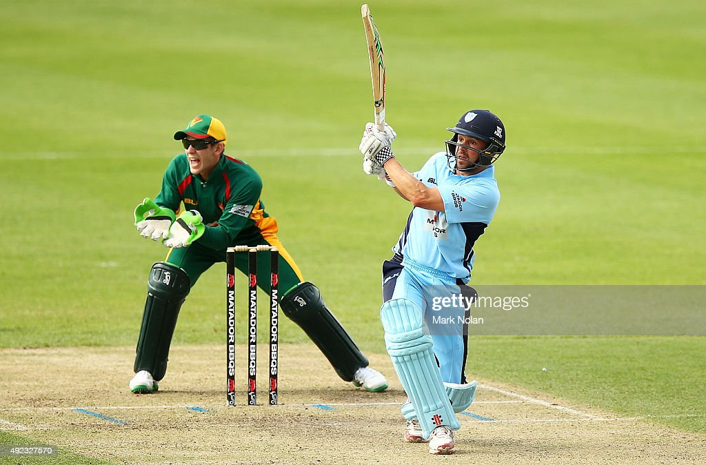<a gi-track='captionPersonalityLinkClicked' href=/galleries/search?phrase=Ed+Cowan&family=editorial&specificpeople=2207390 ng-click='$event.stopPropagation()'>Ed Cowan</a> of the Blues bats during the Matador BBQs One Day Cup match between Tasmania and New South Wales at Hurstville Oval on October 12, 2015 in Sydney, Australia.