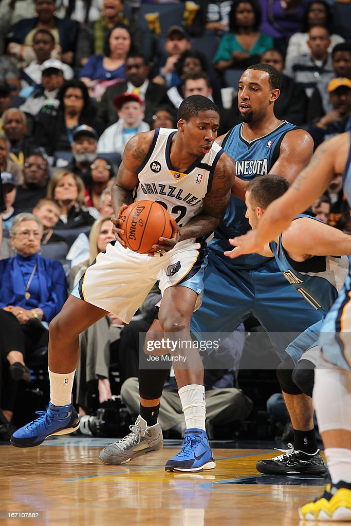 Ed Davis #32 of the Memphis Grizzlies controls the ball against Derrick Williams #7 of the Minnesota Timberwolves on March 18, 2013 at FedExForum in Memphis, Tennessee.