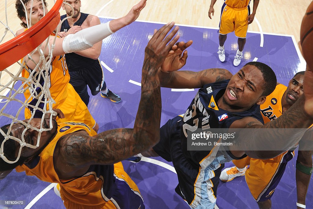 Ed Davis #32 of the Memphis Grizzlies shoots against the Los Angeles Lakers at Staples Center on April 5, 2013 in Los Angeles, California.