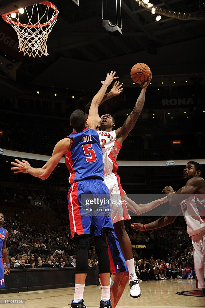 Ed Davis #32 of the Toronto Raptors takes a shot against <a gi-track='captionPersonalityLinkClicked' href=/galleries/search?phrase=Austin+Daye&family=editorial&specificpeople=4682416 ng-click='$event.stopPropagation()'>Austin Daye</a> #5 of the Detroit Pistons on October 12, 2012 at the Air Canada Centre in Toronto, Ontario, Canada.
