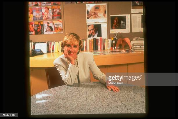 FAIR ed in chief Tina Brown in office after being named to replace Robert Gottlieb in same post at THE NEW YORKER