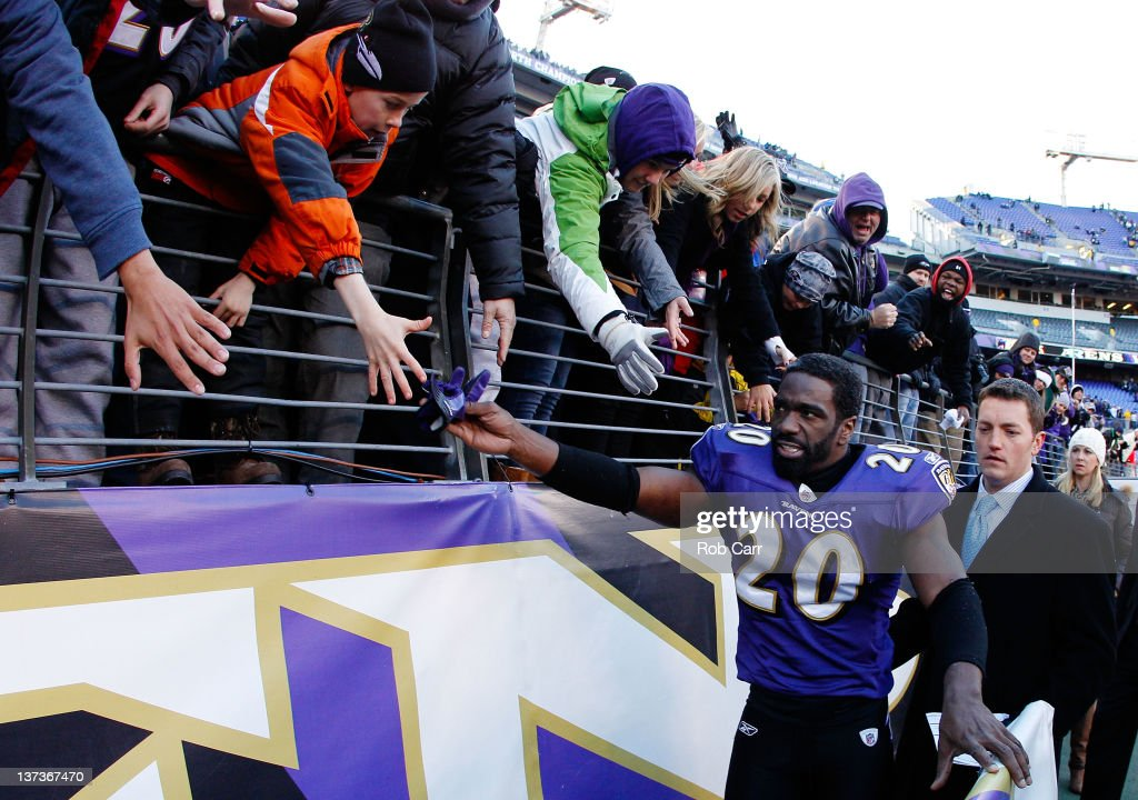 Ed Reed #20 of the Baltimore Ravens celebrates their 20-13 win over the Houston Texans during the AFC Divisional playoff game at M&T Bank Stadium on January 15, 2012 in Baltimore, Maryland.