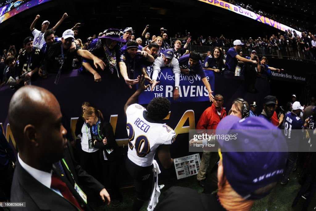 Ed Reed #20 of the Baltimore Ravens celebrates with fans after the Ravens won 34-31 against the San Francisco 49ers during Super Bowl XLVII at the Mercedes-Benz Superdome on February 3, 2013 in New Orleans, Louisiana.