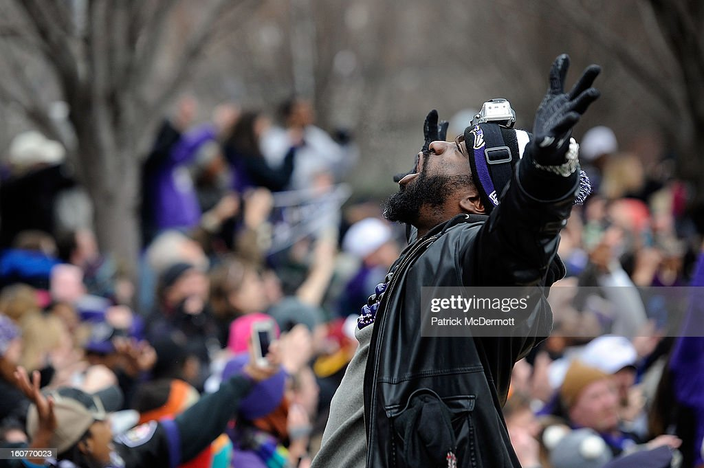 Ed Reed #20 of the Baltimore Ravens celebrates with his teammates as they celebrate during their Super Bowl XLVII victory parade on February 5, 2013 in Baltimore, Maryland. The Baltimore Ravens captured their second Super Bowl title by defeating the San Francisco 49ers.