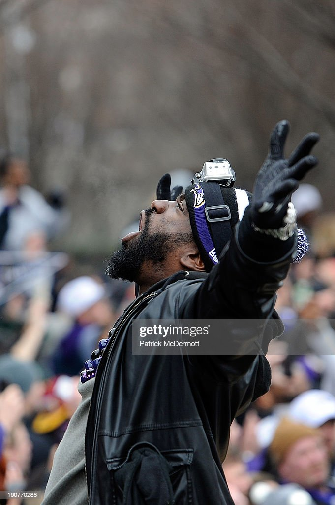 Ed Reed #20 of the Baltimore Ravens celebrates with his teammates as they celebrate during their Super Bowl XLVII victory parade at M&T Bank Stadium on February 5, 2013 in Baltimore, Maryland. The Baltimore Ravens captured their second Super Bowl title by defeating the San Francisco 49ers.