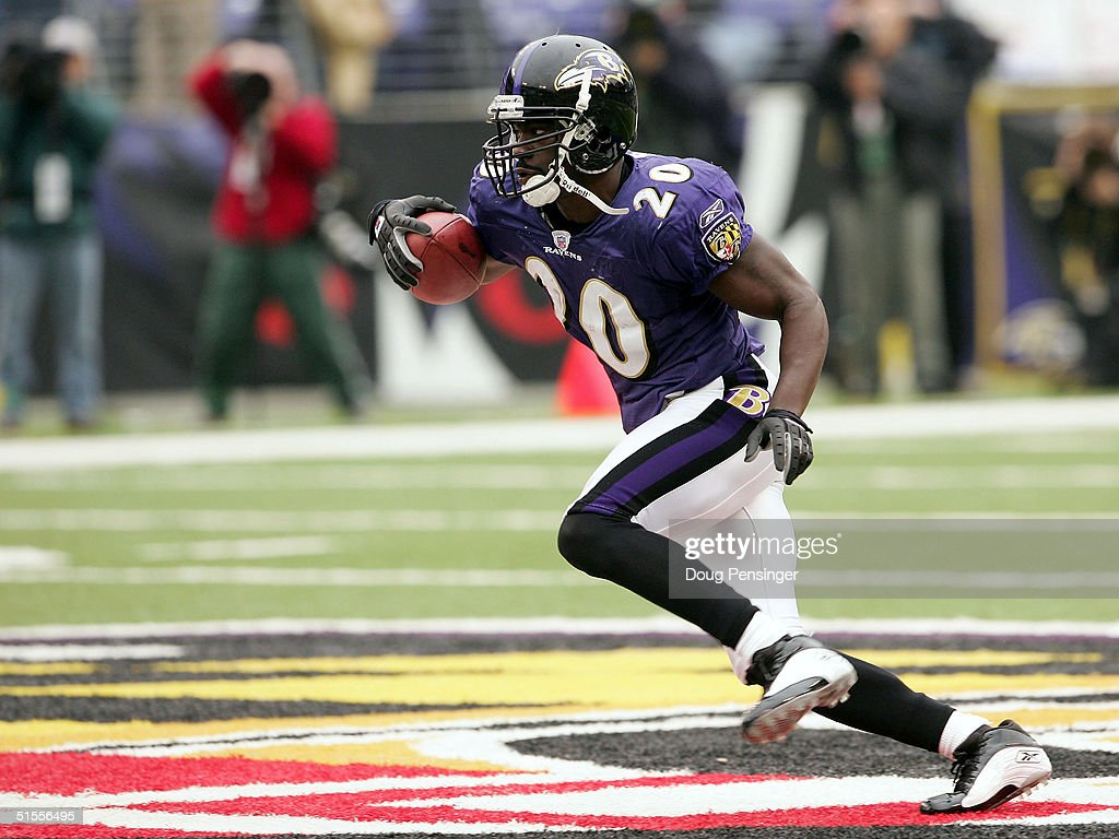 Ed Reed #20 of the Baltimore Ravens runs with the ball during their game against the Buffalo Bills on October 24, 2004 at M&T Bank Stadium in Baltimore, Maryland. The Ravens defeated the Bills 20-6.