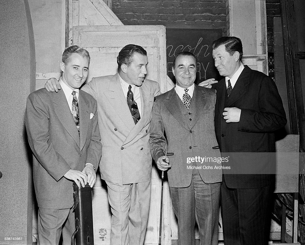 <a gi-track='captionPersonalityLinkClicked' href=/galleries/search?phrase=Ed+Sullivan&family=editorial&specificpeople=93327 ng-click='$event.stopPropagation()'>Ed Sullivan</a> poses with billiards player Willie Mosconi, golfer <a gi-track='captionPersonalityLinkClicked' href=/galleries/search?phrase=Gene+Sarazen&family=editorial&specificpeople=890883 ng-click='$event.stopPropagation()'>Gene Sarazen</a> and boxer Fritzie Zivic during rehearsals for 'Toast of the Town' hosted by <a gi-track='captionPersonalityLinkClicked' href=/galleries/search?phrase=Ed+Sullivan&family=editorial&specificpeople=93327 ng-click='$event.stopPropagation()'>Ed Sullivan</a> in New York.