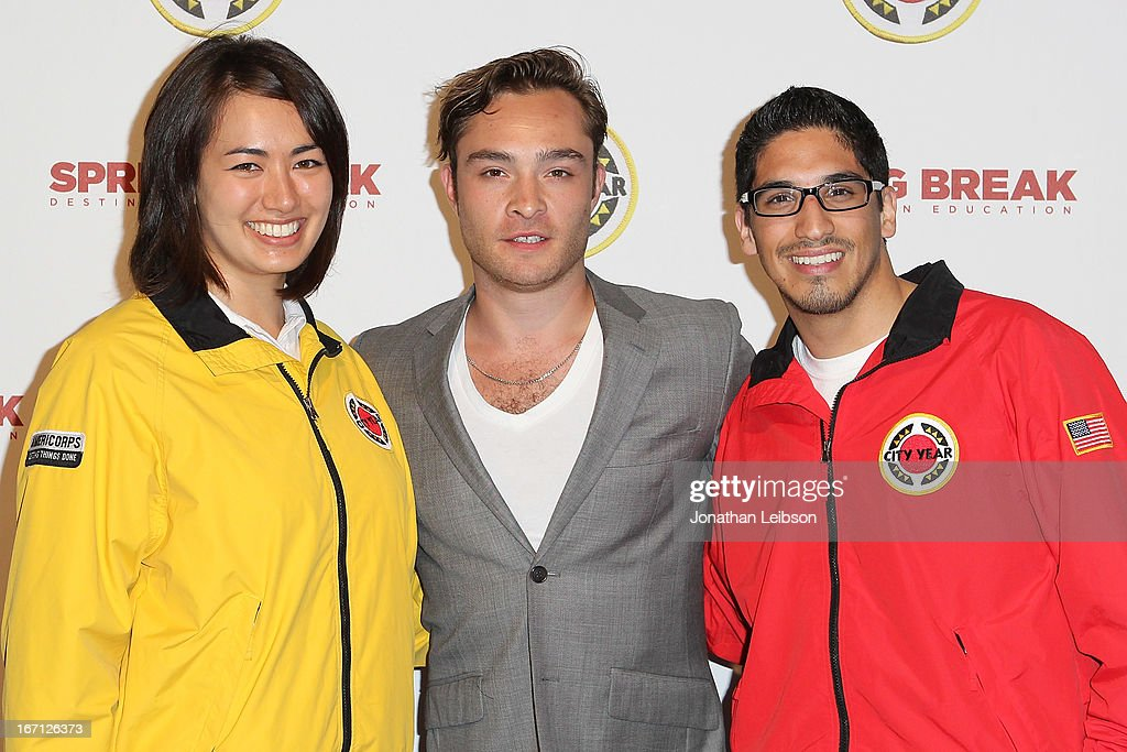 <a gi-track='captionPersonalityLinkClicked' href=/galleries/search?phrase=Ed+Westwick&family=editorial&specificpeople=3974832 ng-click='$event.stopPropagation()'>Ed Westwick</a> (C) and City Year Los Angeles AmeriCorps members attend the City Year Los Angeles' Spring Break: Destination Education at Sony Pictures Studios on April 20, 2013 in Culver City, California.