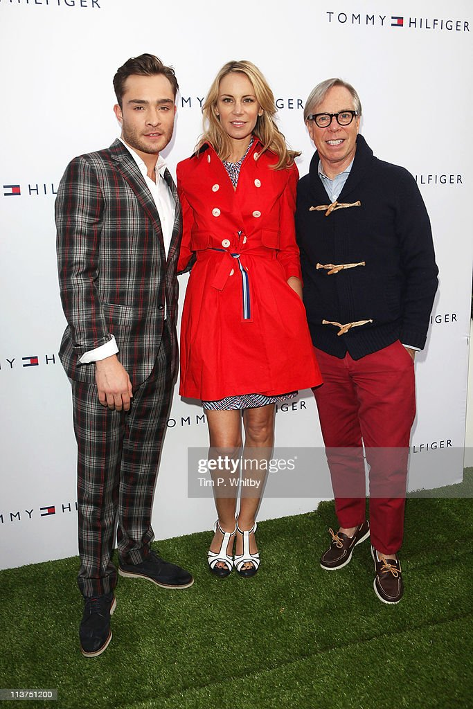 <a gi-track='captionPersonalityLinkClicked' href=/galleries/search?phrase=Ed+Westwick&family=editorial&specificpeople=3974832 ng-click='$event.stopPropagation()'>Ed Westwick</a>, <a gi-track='captionPersonalityLinkClicked' href=/galleries/search?phrase=Dee+Ocleppo&family=editorial&specificpeople=592235 ng-click='$event.stopPropagation()'>Dee Ocleppo</a> and Tommy Hilfiger attend the launch of the new Tommy Hilfiger pop up shop at Tommy Hilfiger 'Prep World' Covent Garden on May 5, 2011 in London, England.