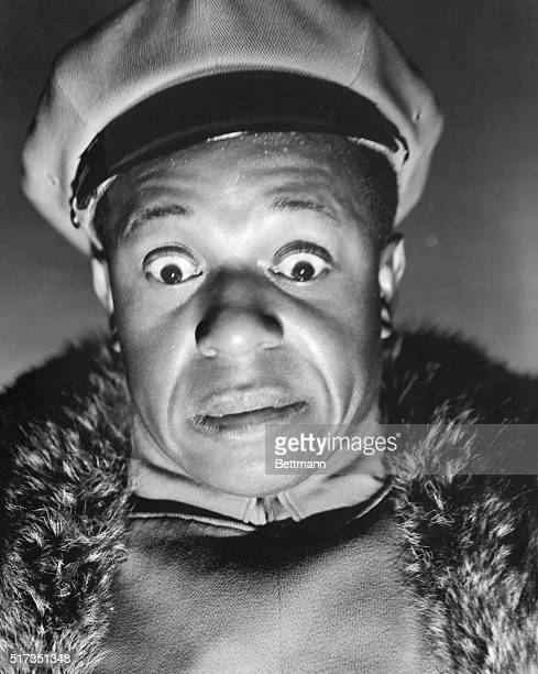 1941 Eddie Anderson in his role as Eddie the Topper chauffer in the Hal Roach mysterycomedy 'Topper Returns' directed by Roy Del Ruth and featuring...