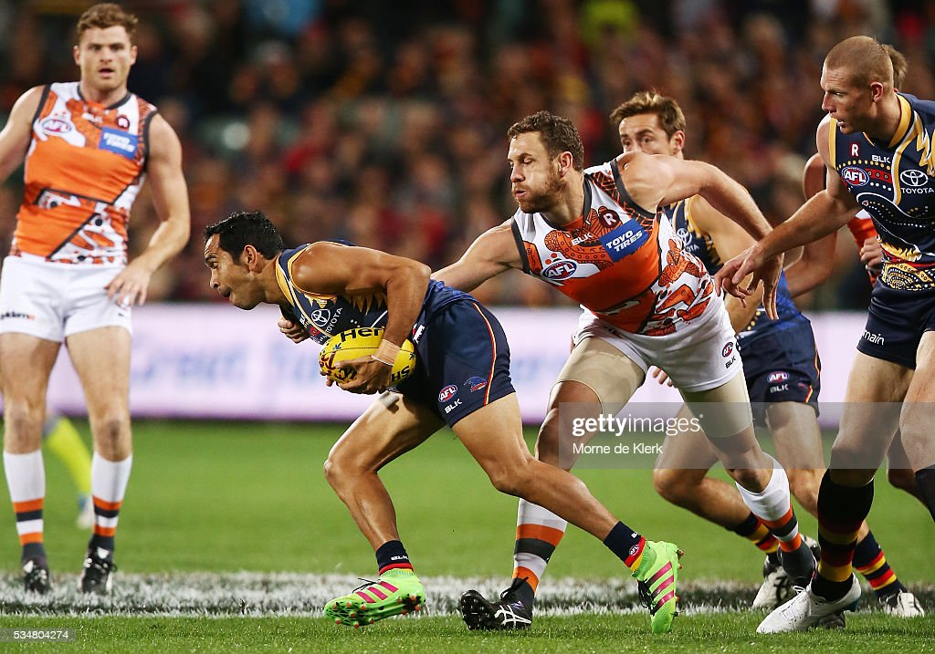 <a gi-track='captionPersonalityLinkClicked' href=/galleries/search?phrase=Eddie+Betts&family=editorial&specificpeople=546295 ng-click='$event.stopPropagation()'>Eddie Betts</a> of the Crows wins the ball during the round 10 AFL match between the Adelaide Crows and the Greater Western Sydney Giants at Adelaide Oval on May 28, 2016 in Adelaide, Australia.