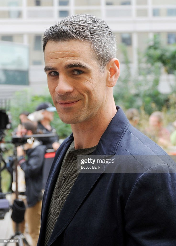 <a gi-track='captionPersonalityLinkClicked' href=/galleries/search?phrase=Eddie+Cahill&family=editorial&specificpeople=226945 ng-click='$event.stopPropagation()'>Eddie Cahill</a> filming on location for 'CSI: New York' on October 2, 2012 in New York City.