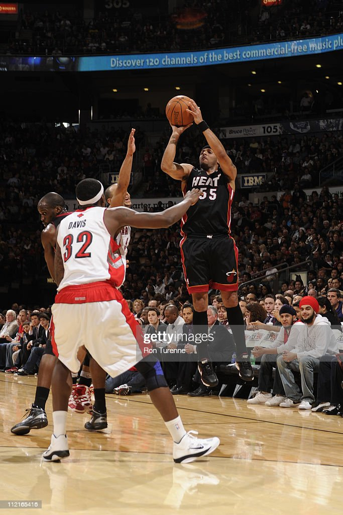 <a gi-track='captionPersonalityLinkClicked' href=/galleries/search?phrase=Eddie+House&family=editorial&specificpeople=202618 ng-click='$event.stopPropagation()'>Eddie House</a> #55 of the Miami Heat shoots against the Toronto Raptors during a game on April 13, 2011 at the Air Canada Centre in Toronto, Ontario, Canada.
