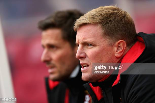 Eddie Howe Manager of AFC Bournemouth looks on during the Premier League match between Stoke City and AFC Bournemouth at Bet365 Stadium on October 21...