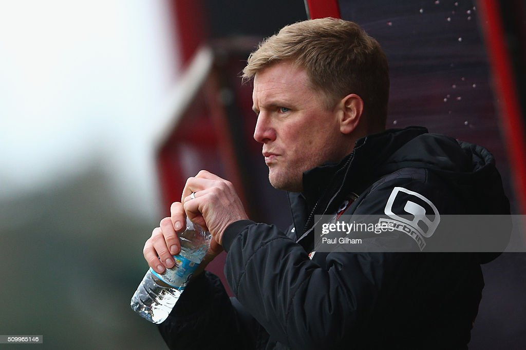 <a gi-track='captionPersonalityLinkClicked' href=/galleries/search?phrase=Eddie+Howe&family=editorial&specificpeople=2919800 ng-click='$event.stopPropagation()'>Eddie Howe</a> Manager of Bournemouth drinks water during the Barclays Premier League match between A.F.C. Bournemouth and Stoke City at Vitality Stadium on February 13, 2016 in Bournemouth, England.