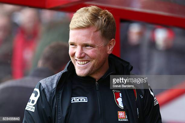 Eddie Howe Manager of Bournemouth looks on during the Barclays Premier League match between AFC Bournemouth and Chelsea at the Vitality Stadium on...