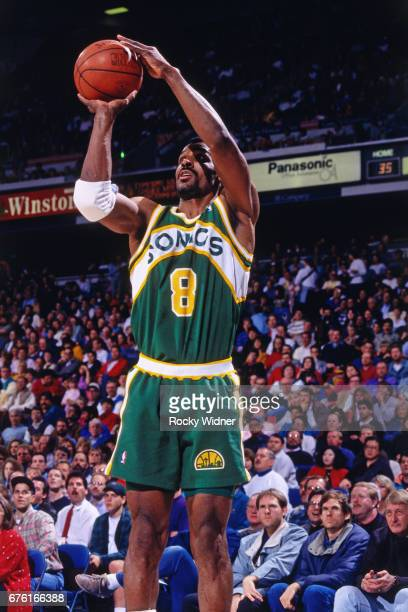 Eddie Johnson of the Seattle SuperSonics shoots against the Sacramento Kings circa 1993 at Arco Arena in Sacramento California NOTE TO USER User...