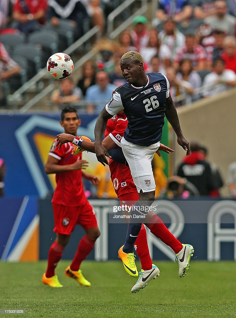 Eddie Johnson #26 of the United States heads the ball away from Anibal Godoy #20 of Panama during the CONCACAF Gold Cup final match at Soldier Field on July 28, 2013 in Chicago, Illinois. The United States defeated Panama 1-0.