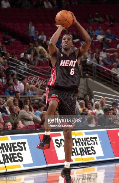 Eddie Jones of the Miami Heat shoots against the Orlando Magic February 11 2004 at TD Waterhouse Centre in Orlando Florida The Heat won 11198 NOTE TO...