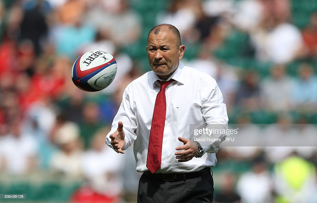 <a gi-track='captionPersonalityLinkClicked' href=/galleries/search?phrase=Eddie+Jones+-+Entrenador+de+rugby&family=editorial&specificpeople=13966519 ng-click='$event.stopPropagation()'>Eddie Jones</a>, the England head coach looks during the England v Wales International match at Twickenham Stadium on May 29, 2016 in London, England.