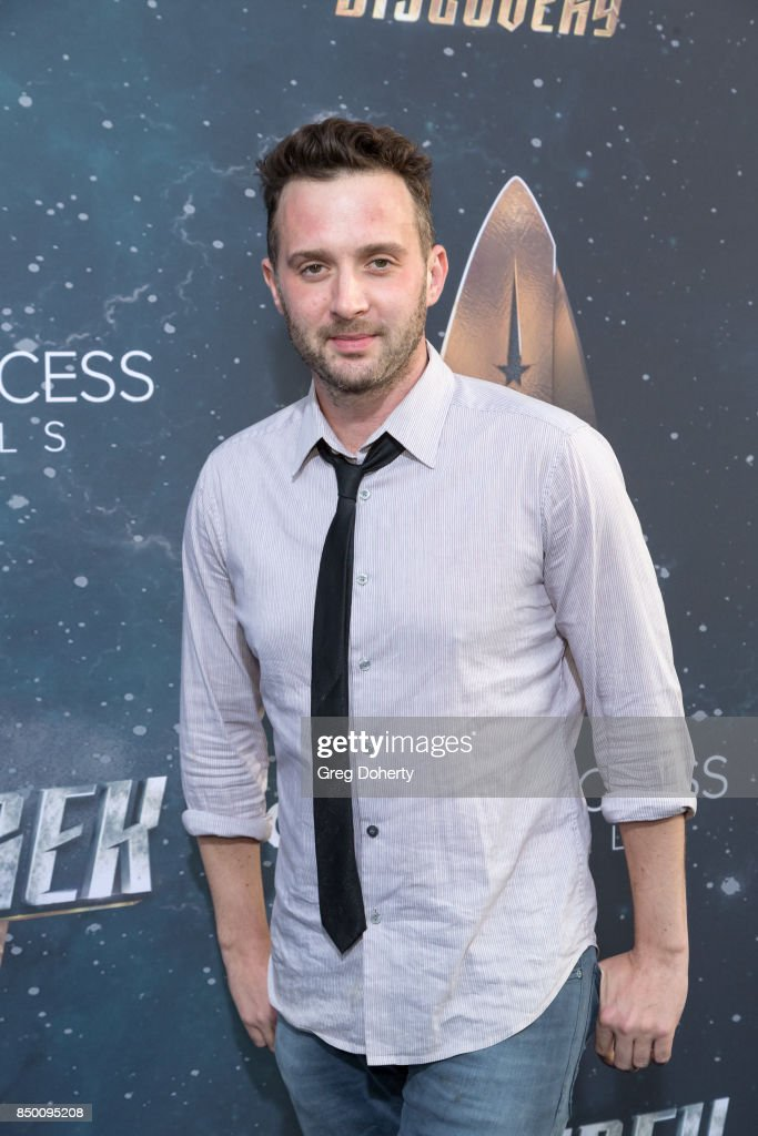 Eddie Kaye Thomas arrives for the Premiere Of CBS's 'Star Trek: Discovery' at The Cinerama Dome on September 19, 2017 in Los Angeles, California.