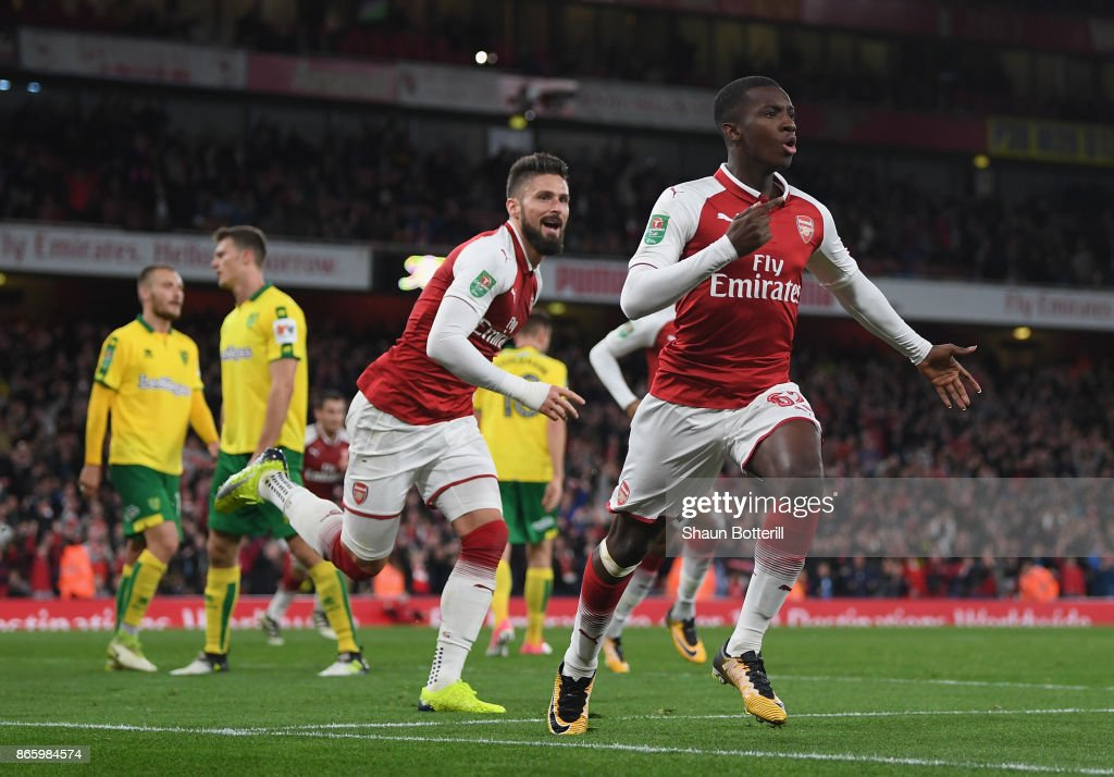 Eddie Nketiah celebrates scoring the first Arsenal goalduring the Carabao Cup fourth round match between Arsenal and Norwich City at Emirates Stadium on October 24, 2017 in London, England.