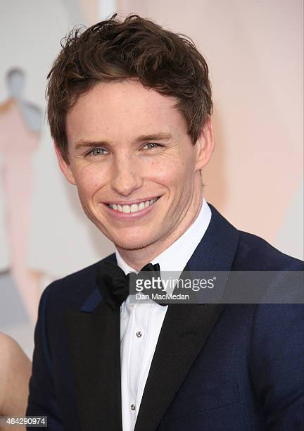 Eddie Redmayne arrives at the 87th Annual Academy Awards at Hollywood Highland Center on February 22 2015 in Los Angeles California