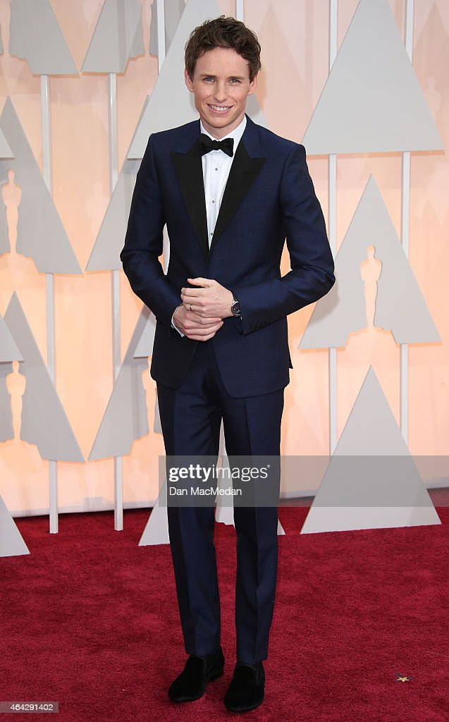 Eddie Redmayne arrives at the 87th Annual Academy Awards at Hollywood & Highland Center on February 22, 2015 in Los Angeles, California.