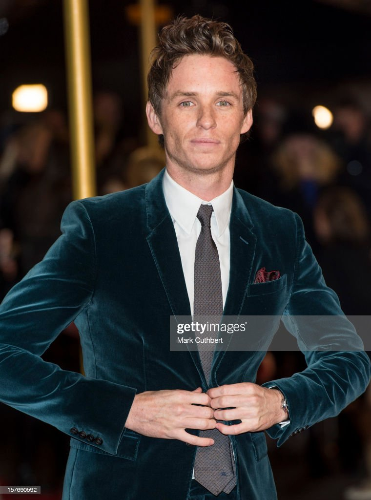 Eddie Redmayne attends the world premiere of 'Les Miserables' at Odeon Leicester Square on December 5, 2012 in London, England.